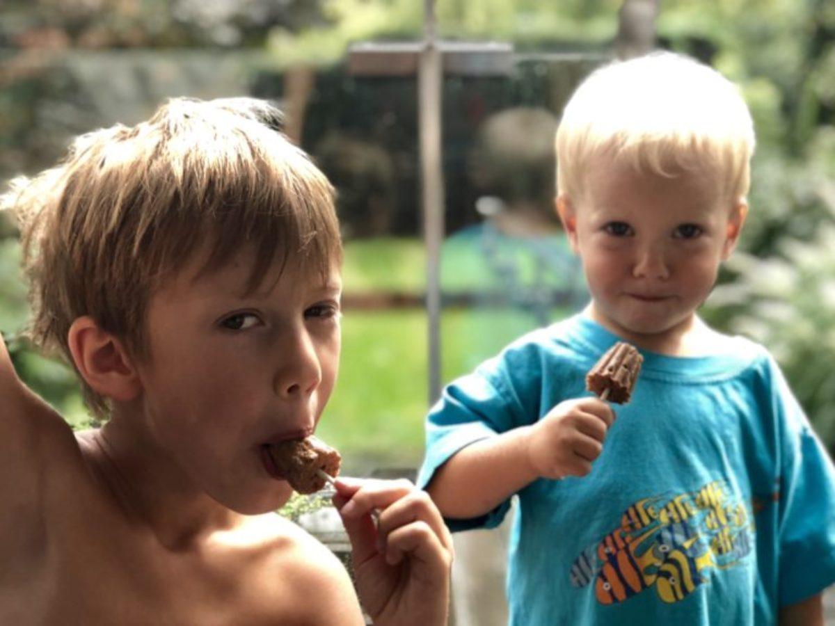 Dzieci lubią lody