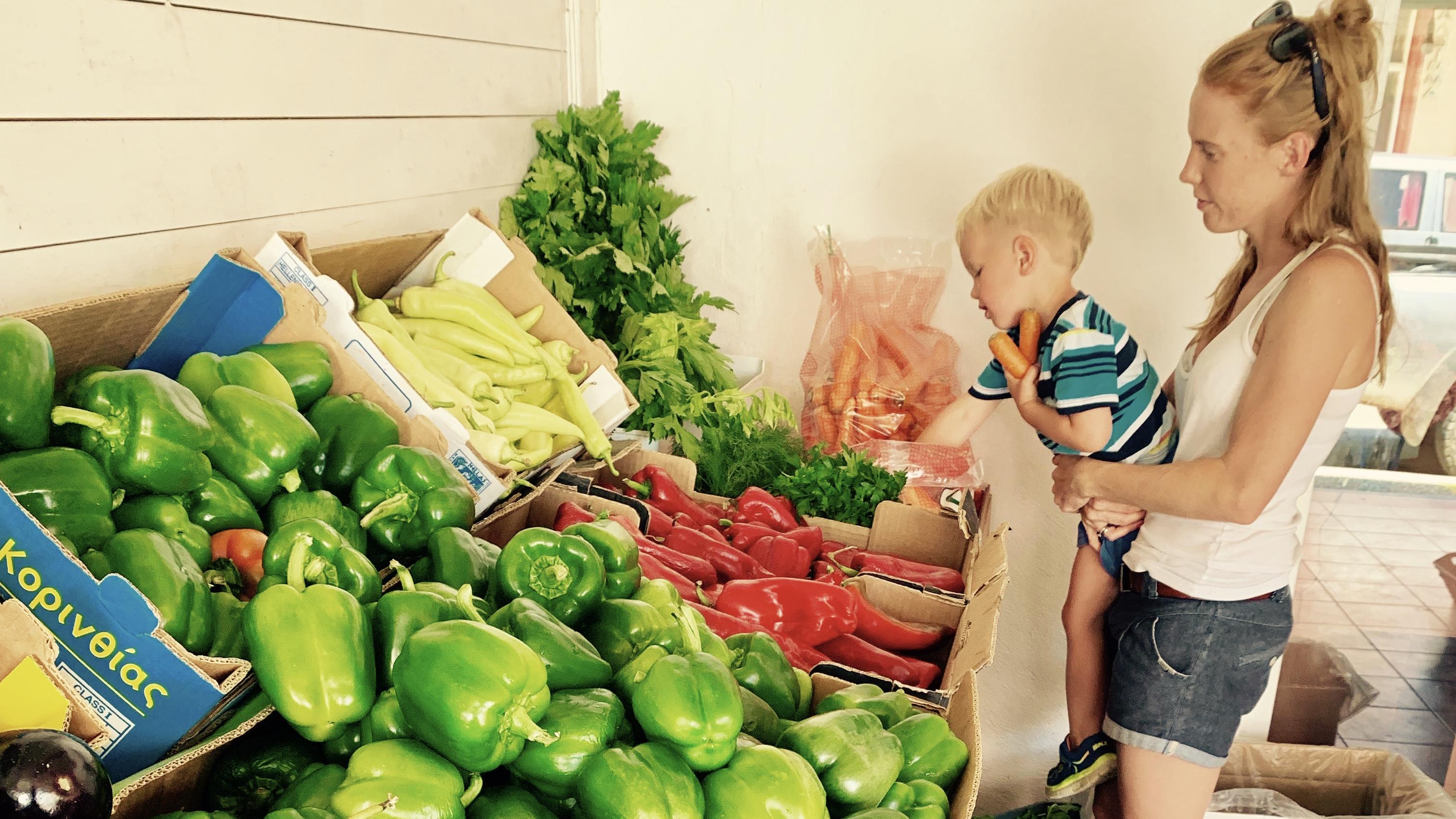 Karmienie, żywienie, odżywianie dzieci
