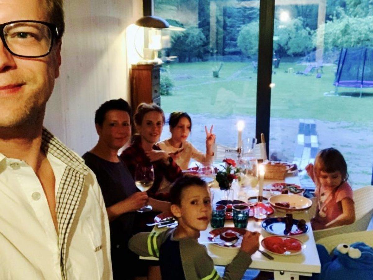 Kolacja przy świecach - jak uspokoić dzieci